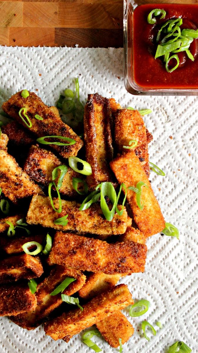 Crunchy Garlicky Fried Tofu Sticks with Sriracha Ketchup - Recipes